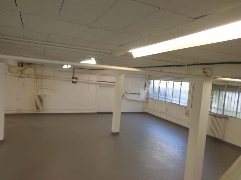 Location local commercial Montreuil 3 000€ HT/HC - Photo 1