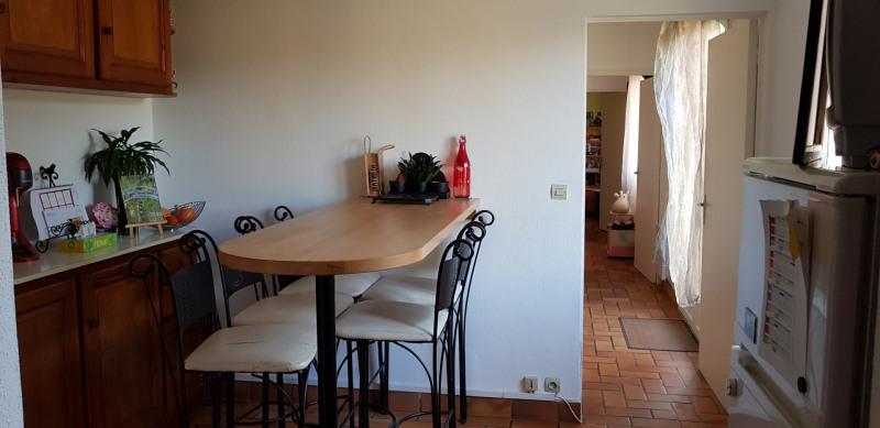 Location maison / villa Castres-gironde 820€ CC - Photo 6