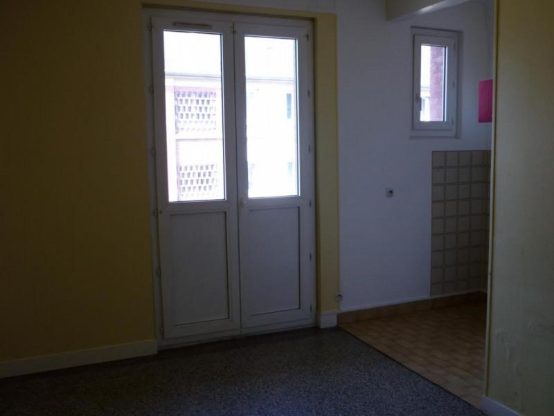 Rental apartment Lisieux 372€ CC - Picture 2