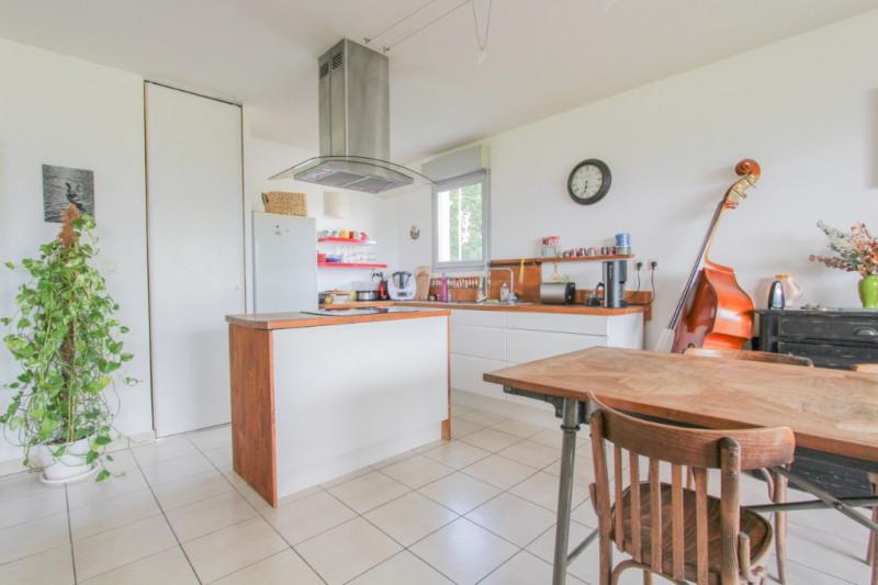Sale apartment Bassens 250000€ - Picture 5