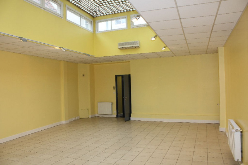 Sale building Montreuil 275 000€ - Picture 3