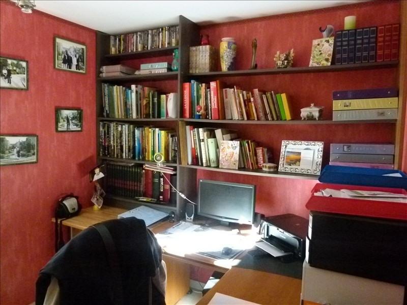 Sale house / villa Montfort l amaury 470000€ - Picture 6