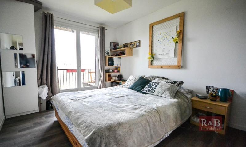 Sale apartment Plaisir 200000€ - Picture 8