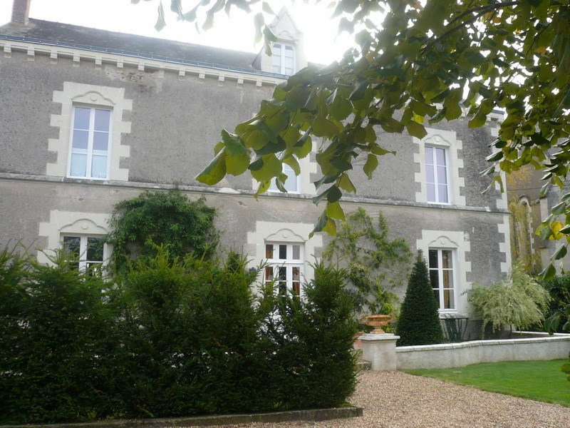 Deluxe sale house / villa Angers 30 mm nord 360 000€ - Picture 1