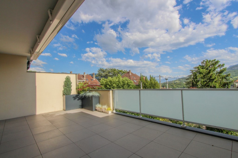 Sale apartment Chambéry 348000€ - Picture 2