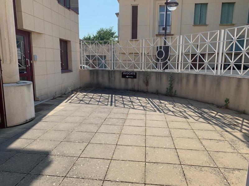 Location bureau Aix en provence 2 972€ CC - Photo 3