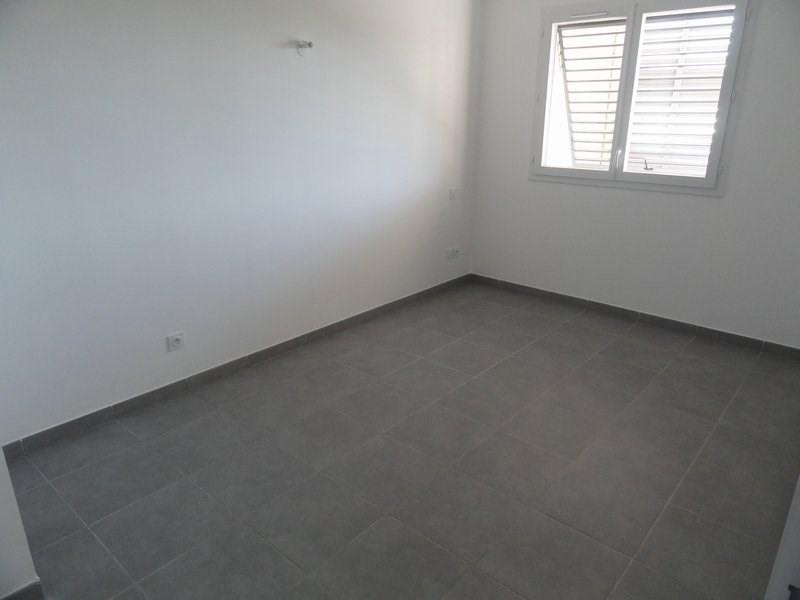 Location appartement St denis 785€ CC - Photo 5