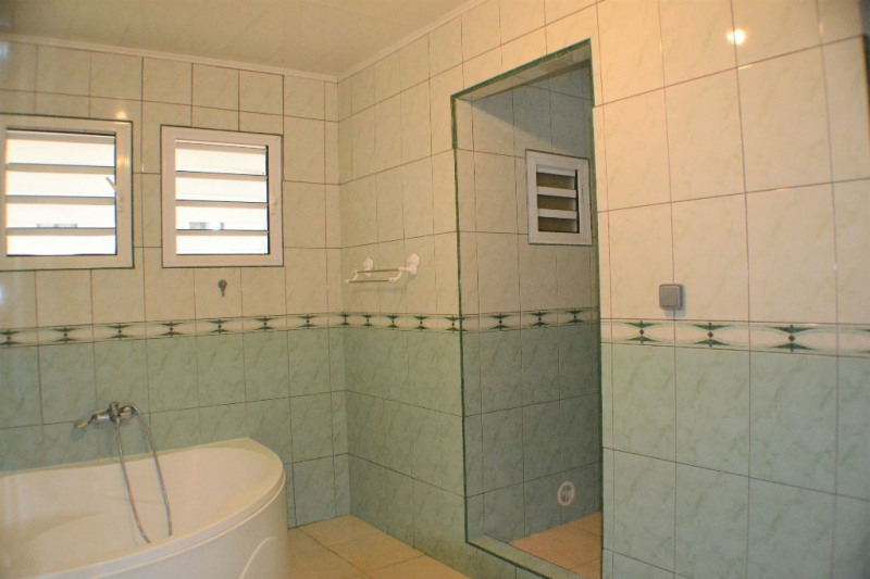 Vente maison / villa Saint louis 319 000€ - Photo 11