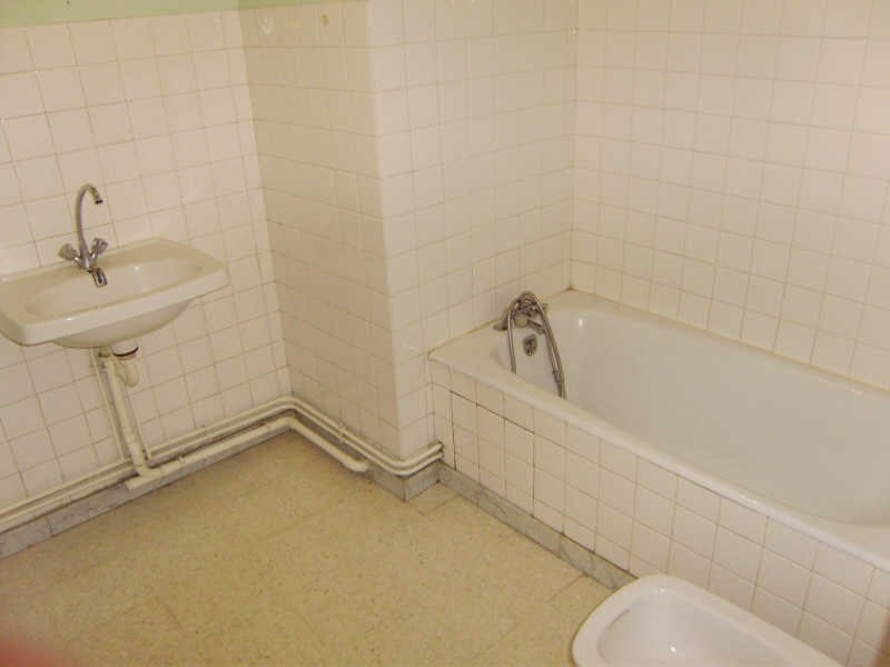 Location appartement Le puy en velay 309,79€ CC - Photo 4