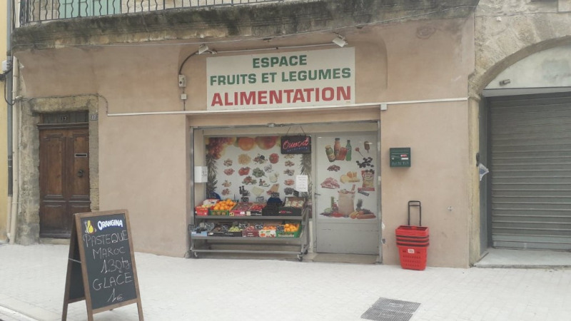Vente local commercial Lambesc 192 000€ - Photo 1