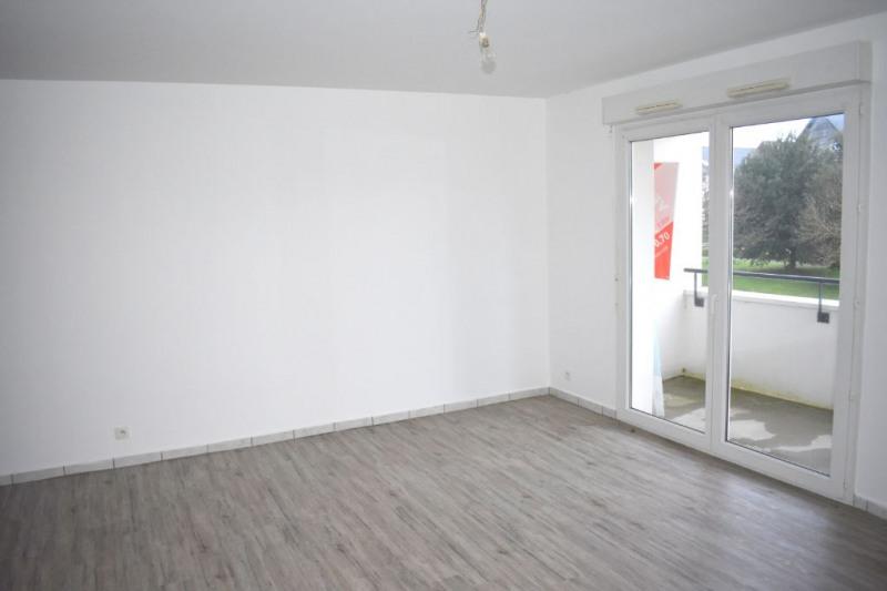 Rental apartment Le rheu 620€ CC - Picture 2