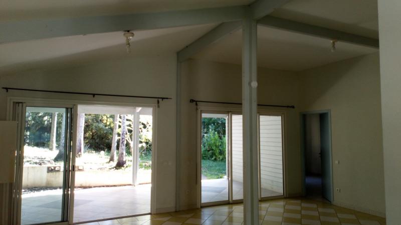 Location maison / villa Saint-leu 1150€ CC - Photo 3