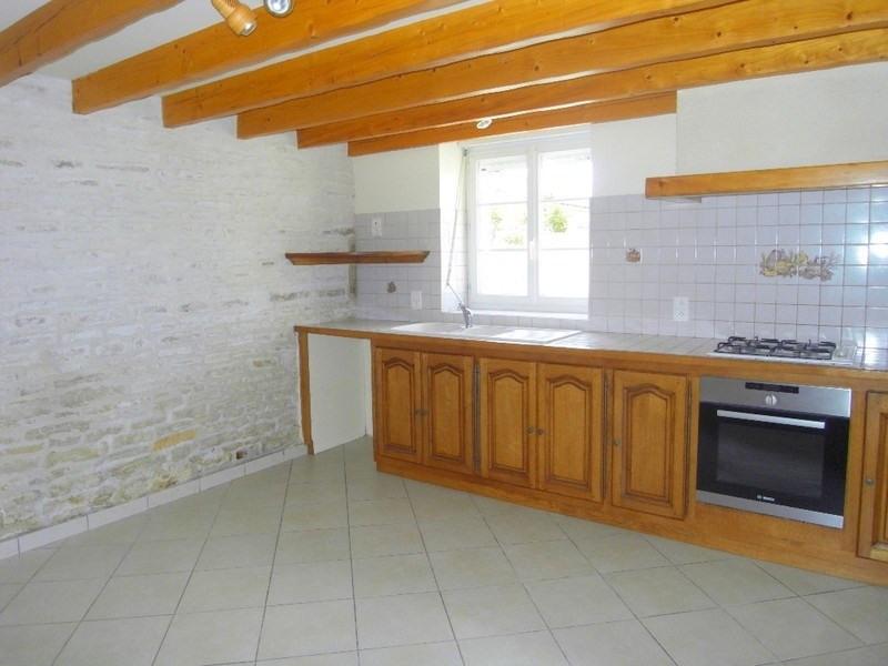 Rental house / villa Sainte  severe 666€ CC - Picture 5