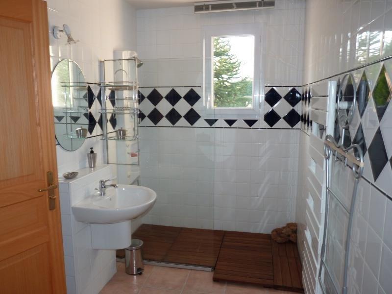 Sale house / villa St avaugourd des landes 405600€ - Picture 10