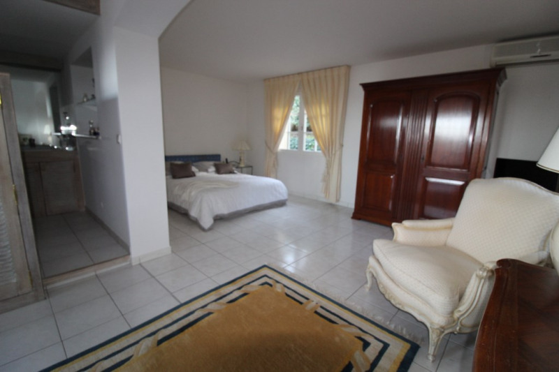 Vente de prestige maison / villa La crau 698800€ - Photo 10