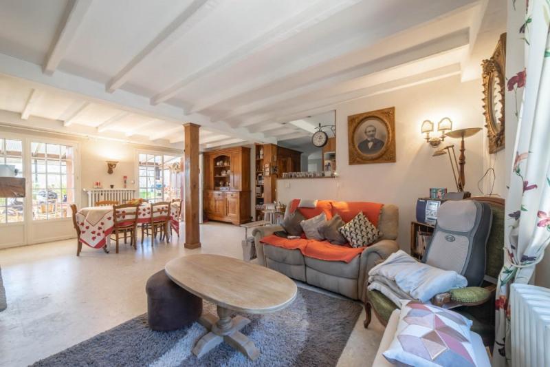 Maison seventies rénovée en appartements atypiques