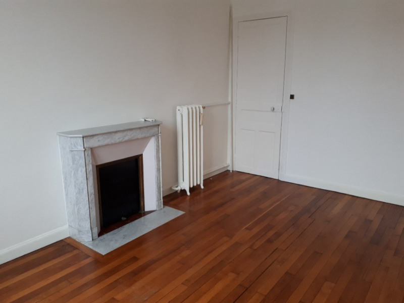 Rental apartment Saint quentin 615€ CC - Picture 17