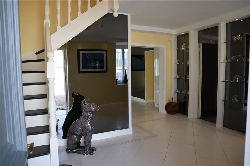 Deluxe sale house / villa Le gua 731000€ - Picture 4