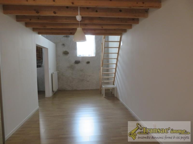 Sale house / villa Chateldon 75 950€ - Picture 4