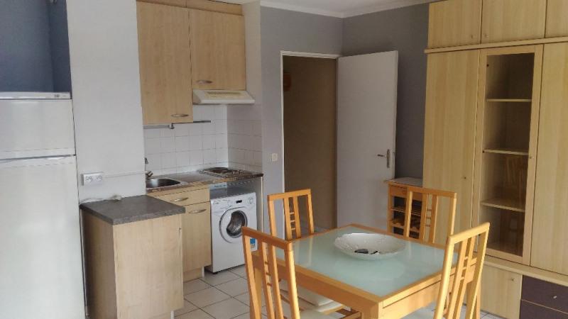Location appartement Cagnes sur mer 663€ CC - Photo 2