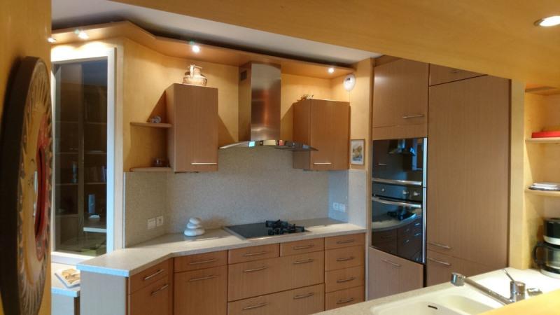 Deluxe sale apartment Gaillard 420000€ - Picture 13