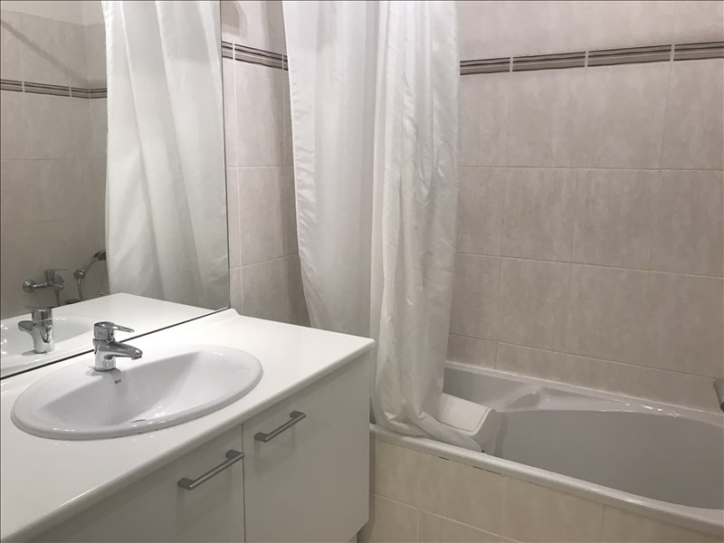 Rental apartment Aix en provence 1 295€ CC - Picture 10