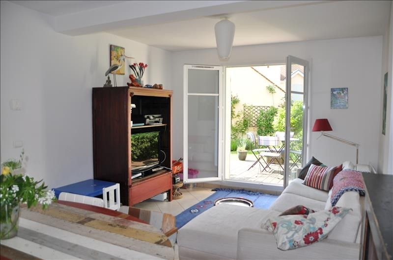 Sale house / villa St nom la breteche 475000€ - Picture 2