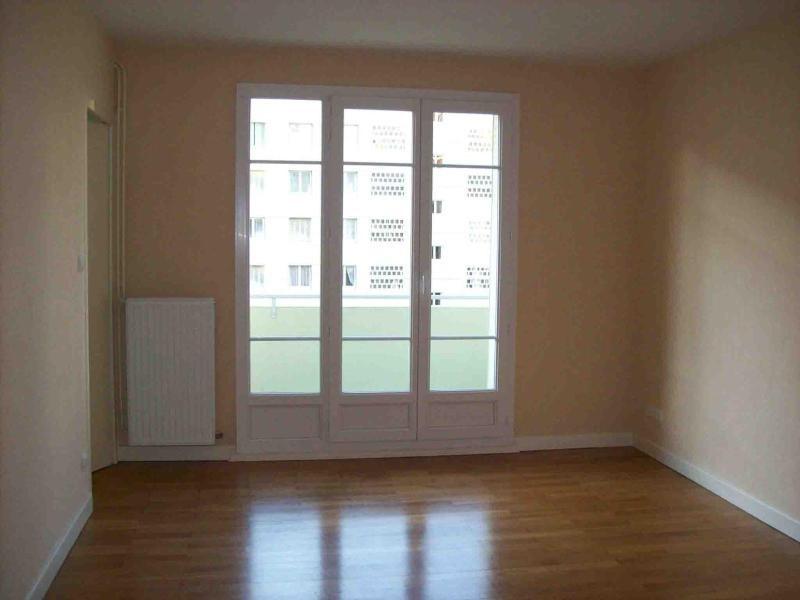 Location appartement Grenoble 810€ CC - Photo 3