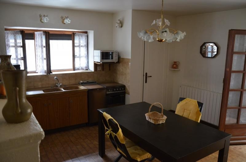 Sale apartment Heyrieux 113 000€ - Picture 1