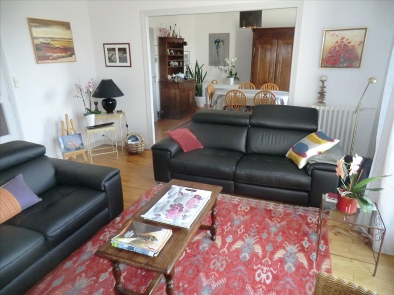 Sale apartment Fougeres 208 000€ - Picture 2