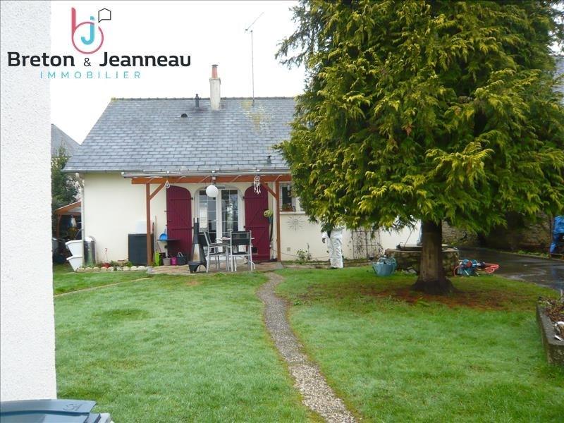 Sale house / villa Loiron 166400€ - Picture 1