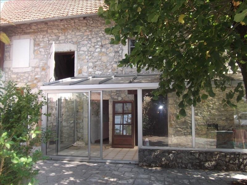 Location maison / villa Yenne 800€ CC - Photo 1