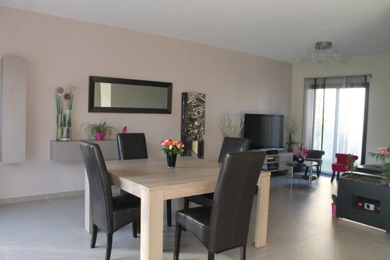 Sale house / villa Orgeval 631380€ - Picture 1
