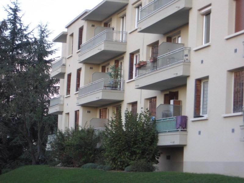 Verhuren  appartement Pierre benite 763€ CC - Foto 3