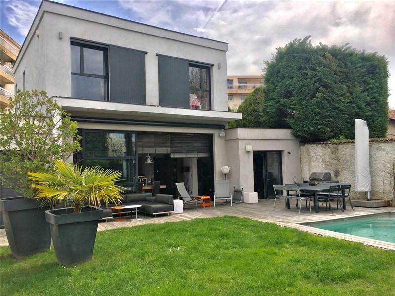 Deluxe sale house / villa Lyon 4ème 1470000€ - Picture 1
