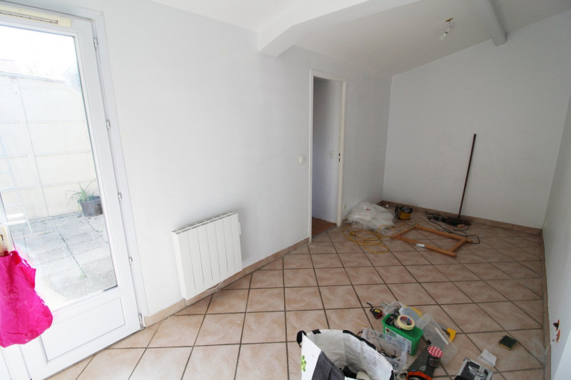 Rental apartment Trappes 821€ CC - Picture 4
