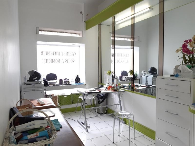 Location boutique Marseille 8ème 1 088€ CC - Photo 4