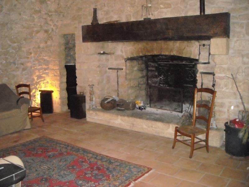 Location maison / villa Cornillon confoux 2500€ CC - Photo 6