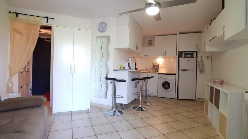 Vendita appartamento La londe les maures 136000€ - Fotografia 5