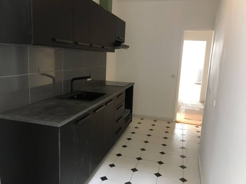 Location appartement Paris 8ème 3 500€ CC - Photo 8