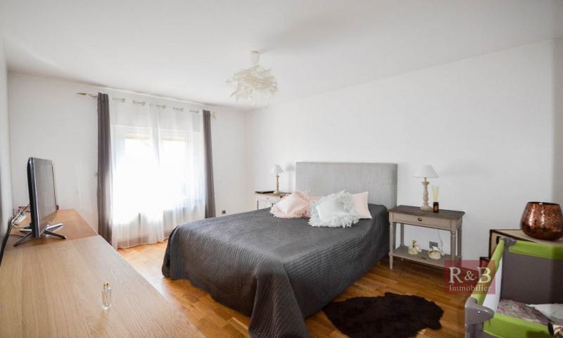 Sale house / villa Les clayes sous bois 574000€ - Picture 9