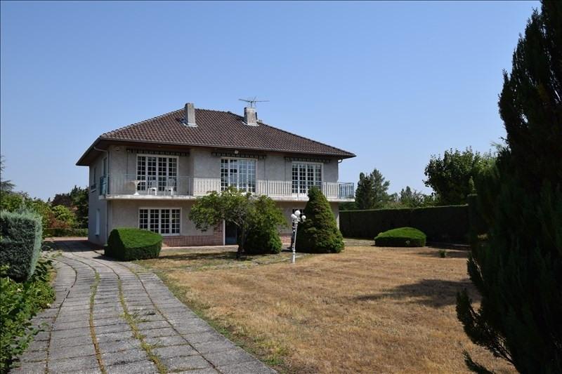 Sale house / villa Riorges 312000€ - Picture 1