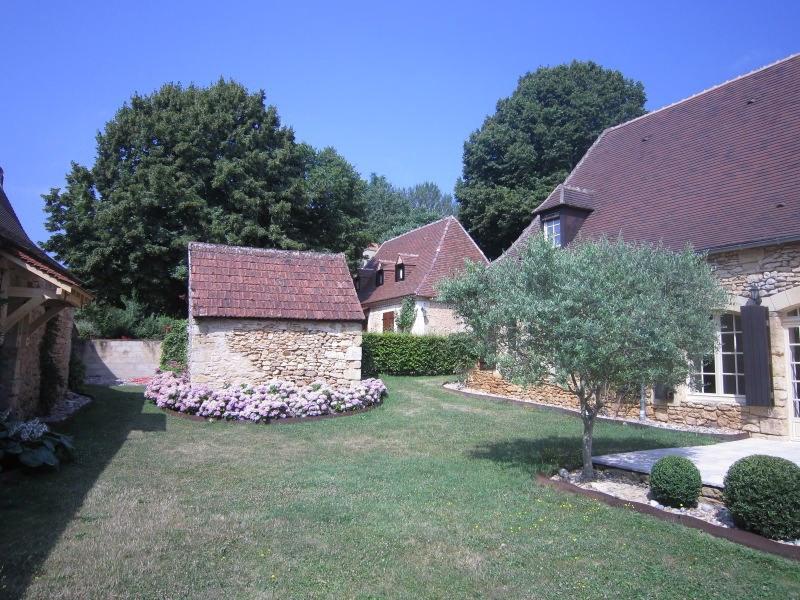 Sale house / villa Saint-cirq 357000€ - Picture 6