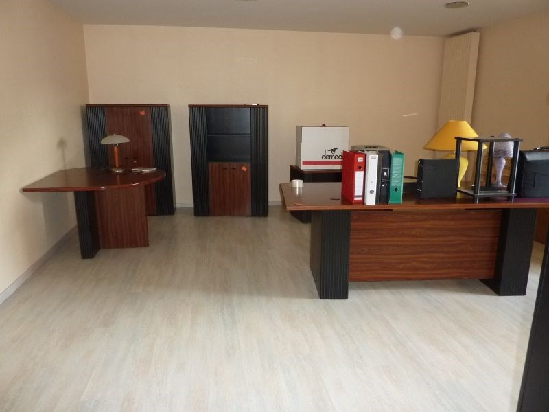 Rental office Le sourn 1 800€ HC - Picture 4
