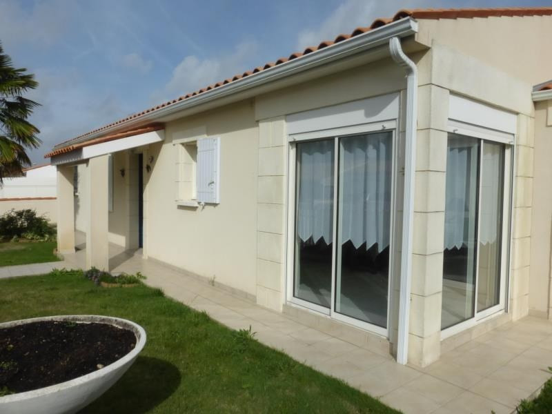 Sale house / villa Fouras 402 000€ - Picture 1