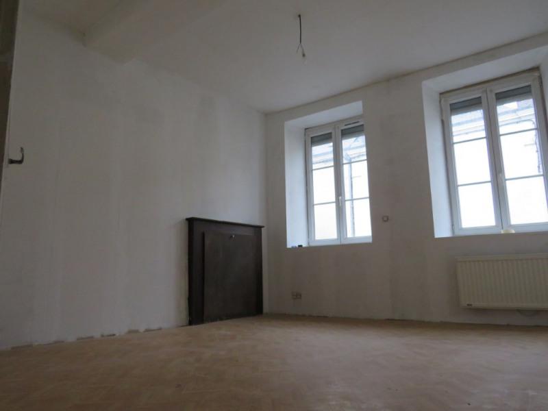 Sale house / villa Cosse le vivien 54999€ - Picture 3