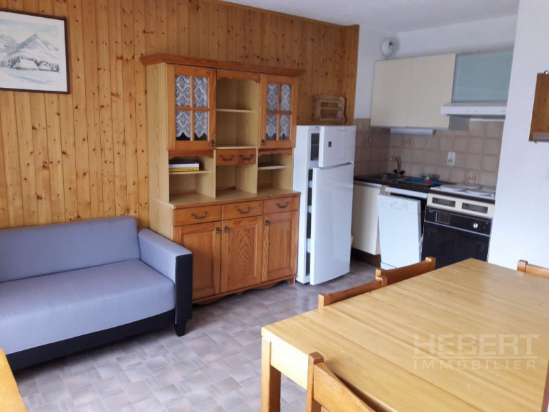 Rental apartment Sallanches 485€ CC - Picture 2