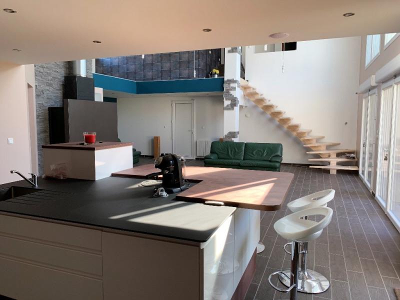 Sale house / villa Saint pierre montlimart 236800€ - Picture 3