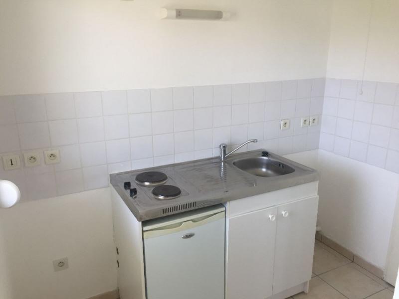 Location appartement Lehaucourt 450€ CC - Photo 3