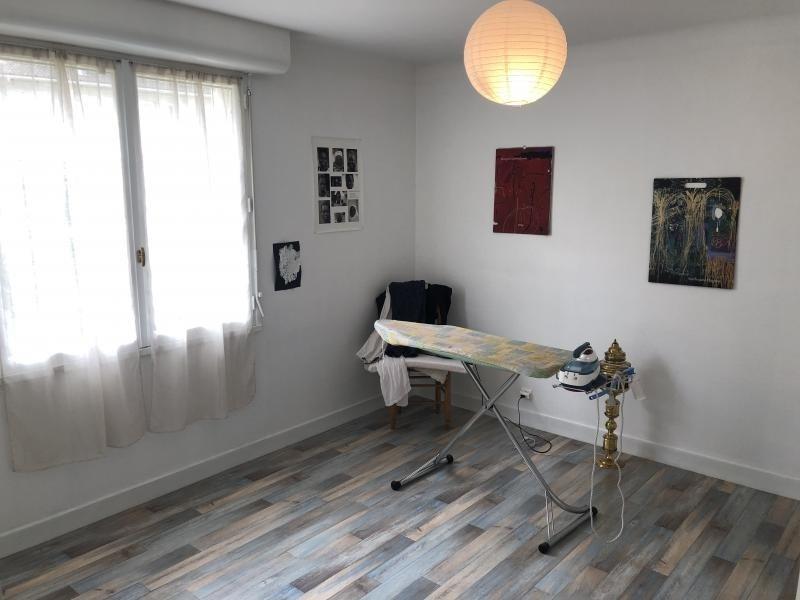 Sale house / villa Oloron ste marie 246100€ - Picture 10